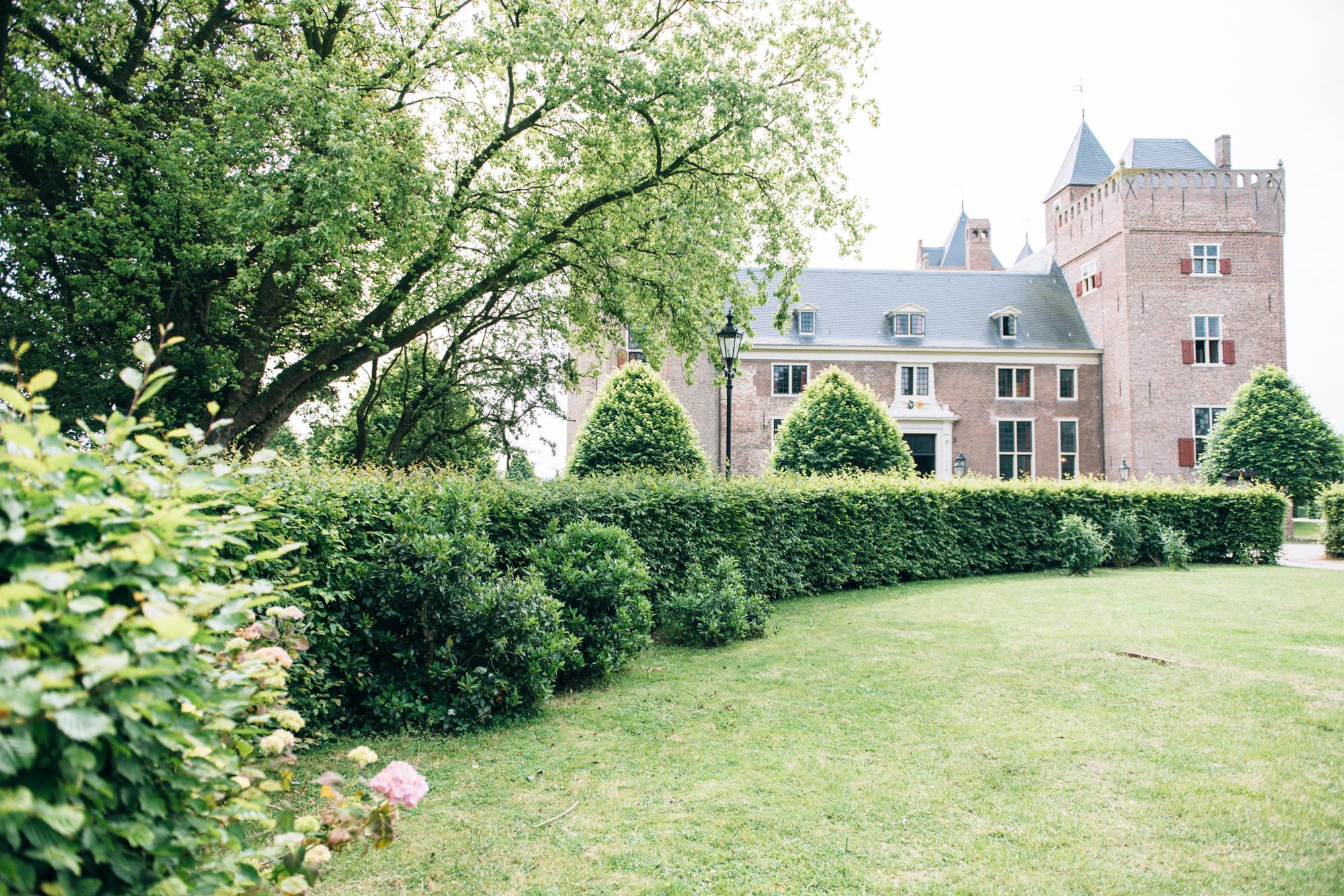 Bruidsfotografie-Kasteel-Assumburg-Heemskerk-200